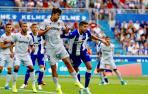 Joselu y Pacheco dan el primer triunfo al Alavés