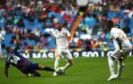 El Real Madrid golea, se relaja y está a punto de pagarlo caro