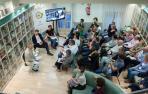 El club de lectura de 'Diario de Navarra' inició ayer el nuevo curso con un invitado especial, Pablo Giordano, que presentó 'Conquistar el cielo'.