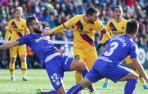 El balón parado evita un nuevo naufragio del Barcelona en Butarque