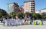 """Sindicatos se concentran para denunciar la """"caza de brujas"""" contra Skolae"""