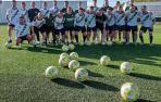 El Pamplona, equipo que se enfrentará el sábado a la Mutilvera en la primera semifinal del 'playoff', entrenó este miércoles en el campo de Merkatondoa en Estella.