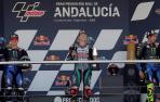 Fabio Quartararo junto a Maverick Viñales y Valentino Rossi, primero, segundo y tercero, respectivamente, podio de MotoGP del G.P. de Andalucía