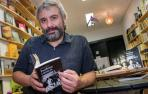 Un libro desvela cartas y textos inéditos sobre José Luis Cuerda