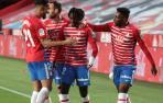 El Granada corta su mala racha en Liga y deja en descenso al Elche