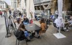 Fotos de las terrazas llenas en Jueves Santo en Pamplona