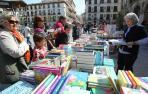 Tudela saca ejemplares a la calle para celebrar el Día del Libro