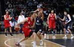 Fotos del partido entre el Basket Navarra y el Grupo Alega Cantabria