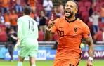 El Barça ata al delantero holandés Memphis Depay