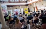 Rebeca Esnaola, Consejera de Cultura y Deporte de Navarra (2d) e Ignacio García, director del Festival de Almagro (2i), participan en la presentación de la programacion del Festival de Teatro de Olite, junto a su director artístico, Luis F. Jiménez (i), y