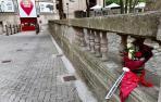 Ramo de flores en homenaje a Daniel Jimeno