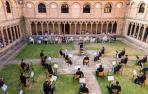 Músicos y público, este domingo en el Claustro del Carmen de Sangüesa