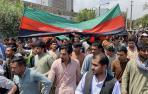 Primeras protestas contra el gobierno talibán por la bandera de Afganistán