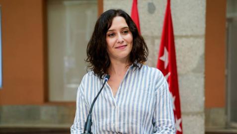 La presidenta de la Comunidad de Madrid en funciones, Isabel Díaz Ayuso, en una rueda de prensa.
