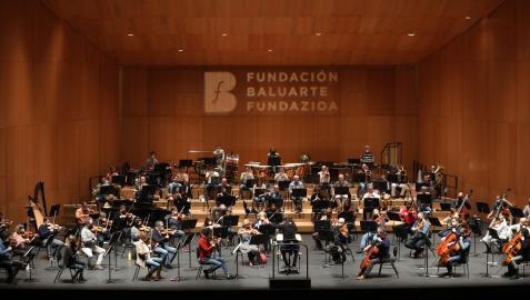 La Orquesta Sinfónica de Navarra, en uno de los ensayos generales que realiza los jueves en Baluarte y que coincidirá con la sesión del concierto de abono