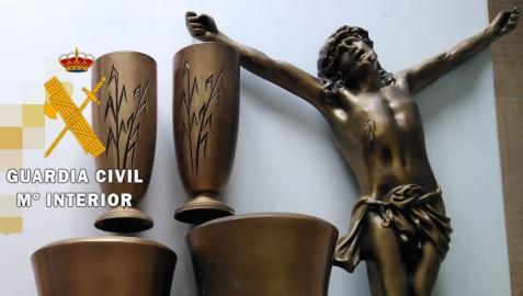Objetos robados en los cementerios de Peralta y Andosilla