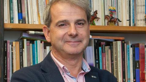 Javier de Navascués, director del curso