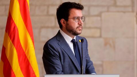 El presidente de la Generalitat, Pere Aragonès, en la comparecencia en la que ha anunciado que la delegación del Govern en la mesa de diálogo estará encabezada por él  y contará con dos consellers de ERC, Laura Vilagrà y Roger Torrent