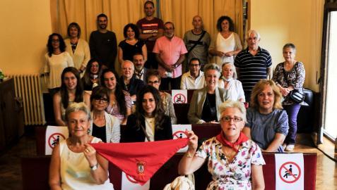 Los voluntarios y voluntarias homenajeados.