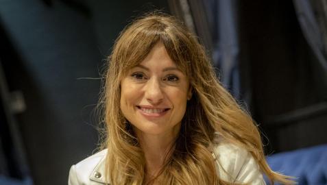 Natalia Verbeke, posando ayer en el vestíbulo del hotel Pamplona Catedral