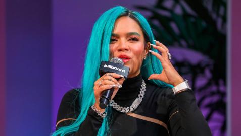 La cantante colombiana Karol G, en una entrevista en los premios Latin Billboard