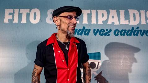 El cantante Fito Cabrales, del grupo Fito y Fitipaldis, en la presentación de su nuevo disco, 'Cada vez cadáver'