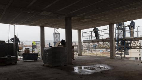 Trabajadores de la construcción, uno de los sectores donde más escasean los profesionales