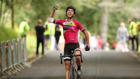 El ciclista navarro Asier Etxeberria