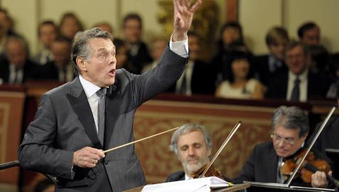 La Filarmónica de Viena saluda el Año Nuevo al ritmo vitalista de los Strauss