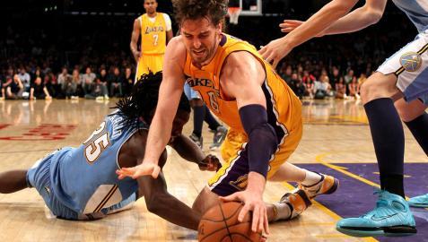 Lakers sobreviven sin Kobe Bryant (103-97)