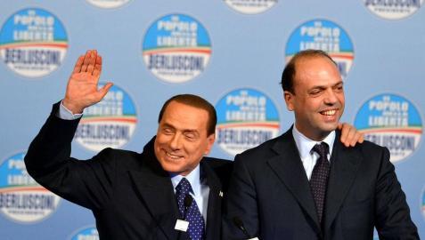 Berlusconi, traicionado desde el interior de su propio partido