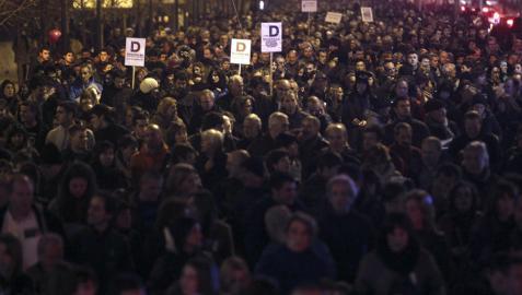 Miles de personas se manifestaron en defensa del modelo educativo D.