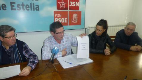 Desde la izquierda, Ignacio Sanz de Galdeano, José Ángel Izcue, Nela Rodríguez y Juan Andrés Platero, este miércoles durante la rueda de prensa en la sindical de la calle Doctor Huarte.