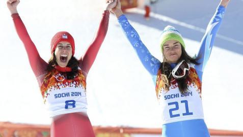 Maze y Gisin hacen historia al compartir oro olímpico en esquí
