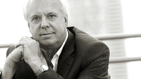 El escritor andaluz Eduardo Mendicutti