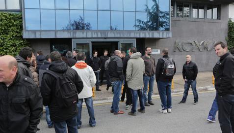Los trabajadores de Koxka refrendan el acuerdo sobre el ERE de 120 días