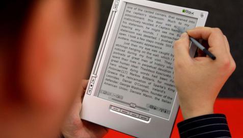 El libro en español, sin miedo al mundo digital