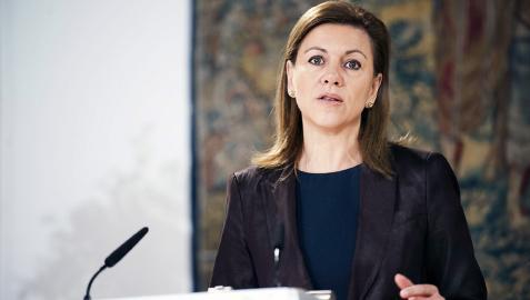 De Cospedal espera que el PSOE tenga claro los límites en Navarra