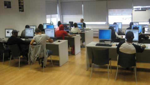 Ciberaula de la Casa de la Juventud reabre sus puertas en agosto