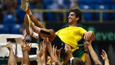 España cae (3-1) ante Brasil  y abandona la elite en la Copa Davis