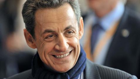 Sarkozy volvería a la política ante una situación grave en Francia