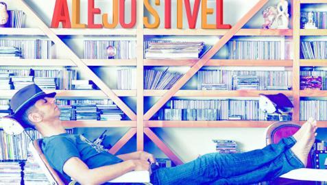 Alejo Stivel, cantante del grupo Tequila