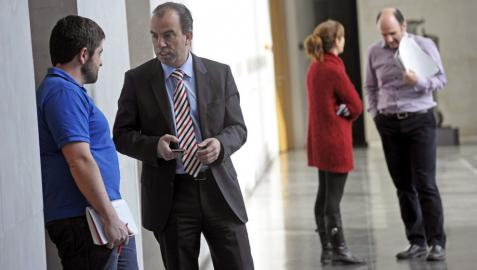 """Adanero sostiene que """"Bildu no puede estar ni un minuto en el Gobierno"""""""