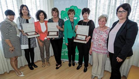 Una peluquería abierta en 1923 recibe el premio Mujer Rural 2014
