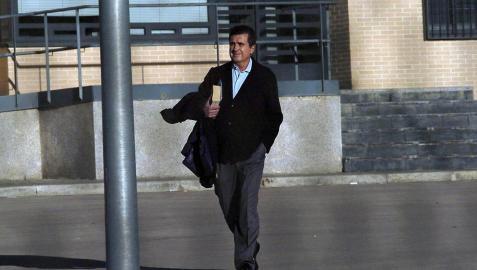 Jaume Matas logra el tercer grado y se va a casa el fin de semana