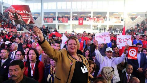 Túnez cierra con las presidenciales una convulsa pero exitosa transición