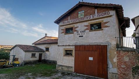 Imagen del trujal San Isidro de Cirauqui, que conserva en su interior la maquinaria.