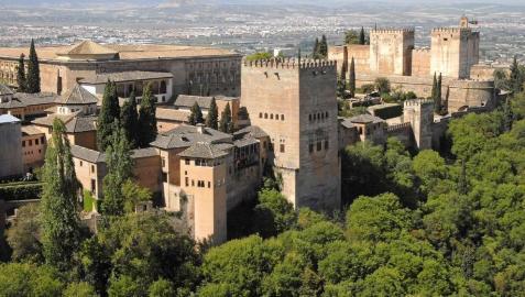 Caen un 2,18% las visitas a la Alhambra de Granada en 2012