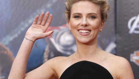 Scarlett Johansson no olvida que la vieron desnuda