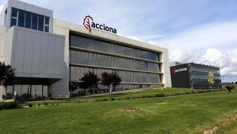 Acciona presenta pérdidas por primera vez por la reforma energética